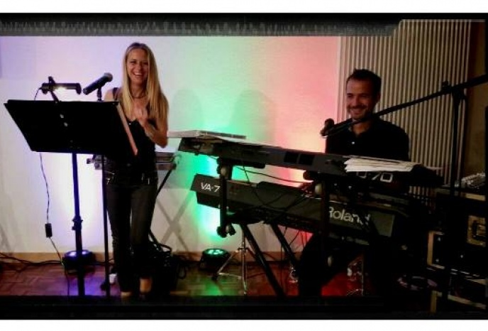 Duo Claudia & Marcello  -  Live Music & DJ