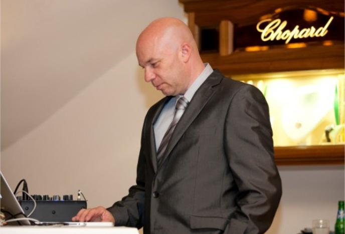 Best DJ der Bischof - HochzeitsDj, Event Dj ,Wedding Dj, Party Dj, Cooporate Events