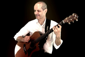 Roberto Colombo Modern Fingerstyle Acoustic Guitar