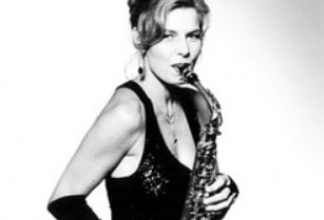 Bettina Schmuck - Saxophone